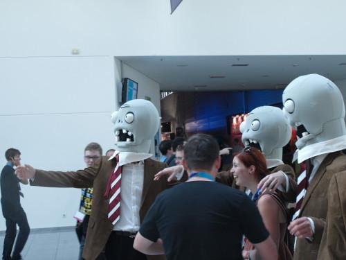 Tyypillisiä Gamescomissa liian kauan olleita kävijöitä. Kuva vuodelta 2012.